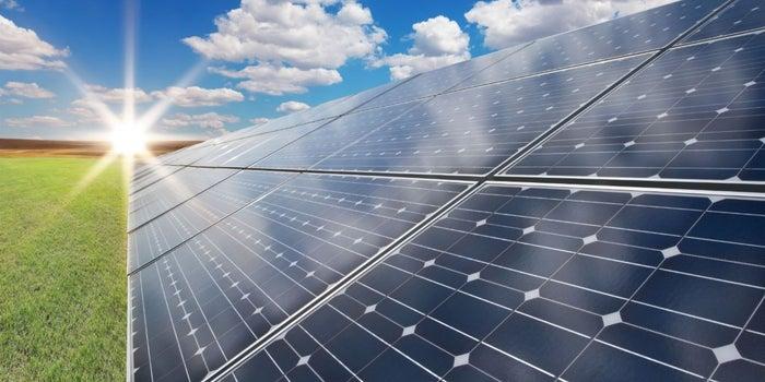 ¿Tu emprendimiento usa energía solar? Tú podrías ganar un premio de innovación global