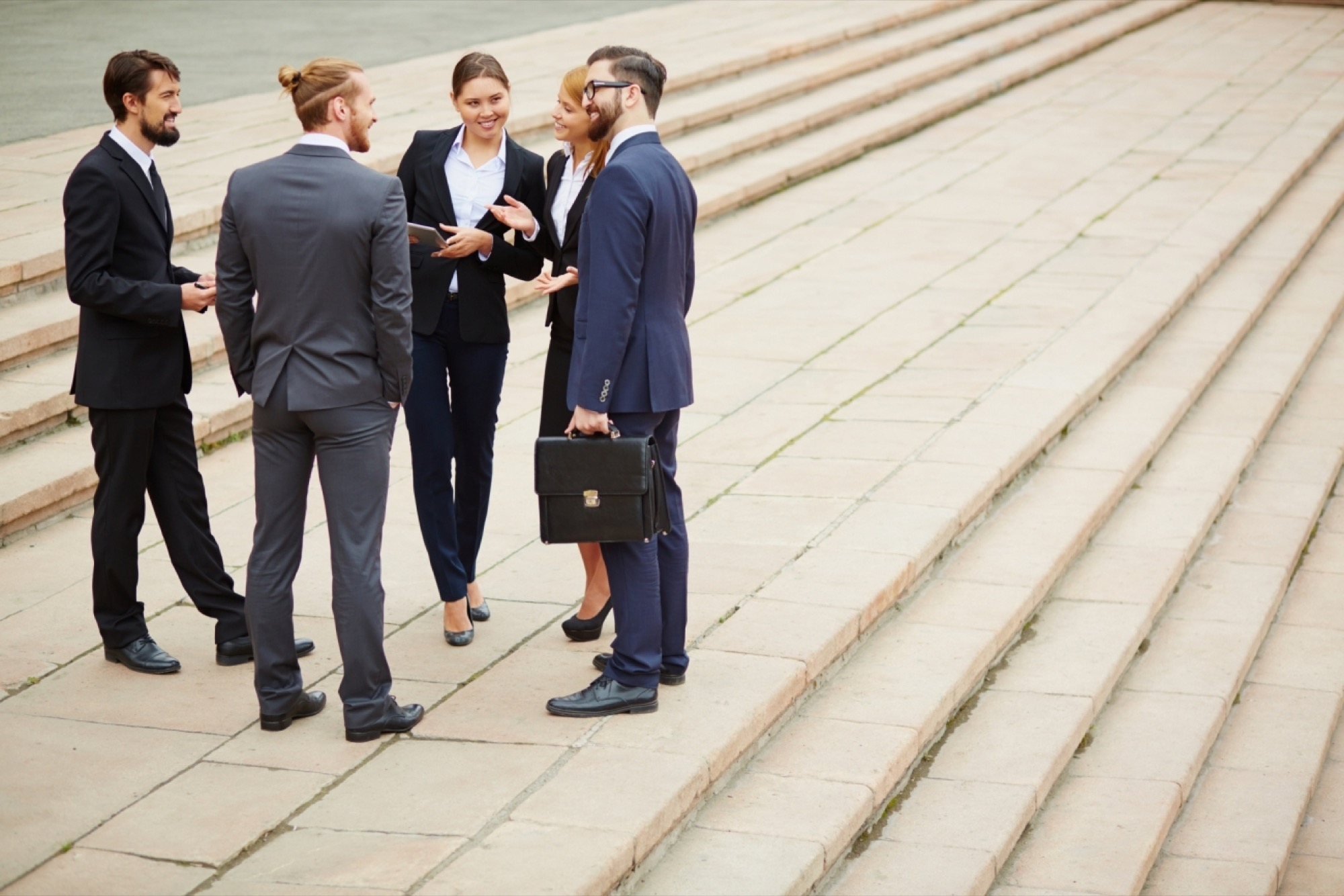 Hiring a Friend? Don't Commit These Mistakes