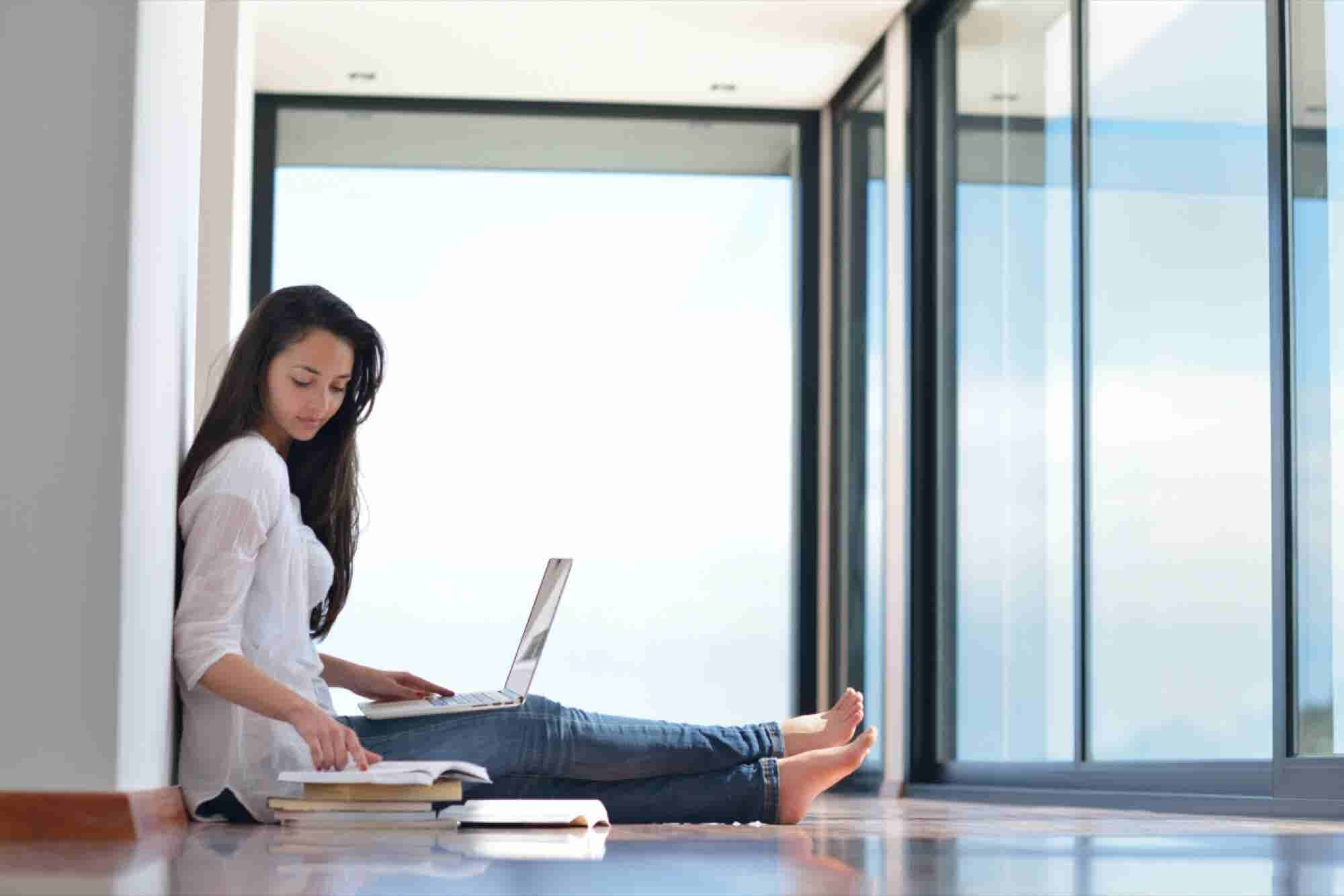 5 Things Women Should Know About Working From Home