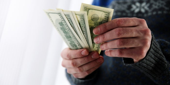 5 Money Habits You Need to Adopt Today to Build Your Wealth