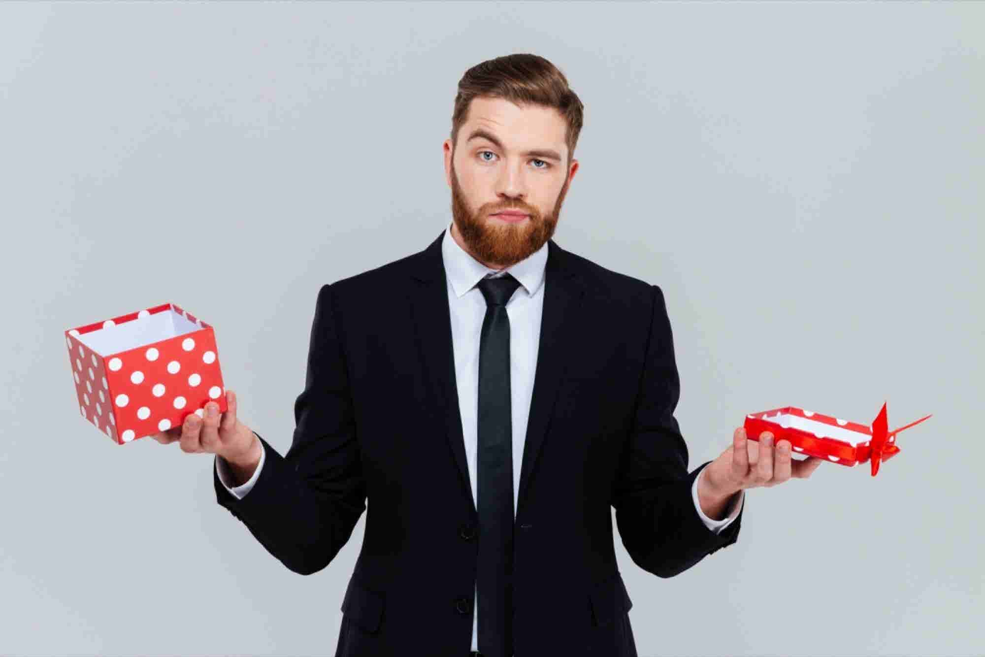 Giving Gifts Internationally: How to Wow Your Global Partners Every Time