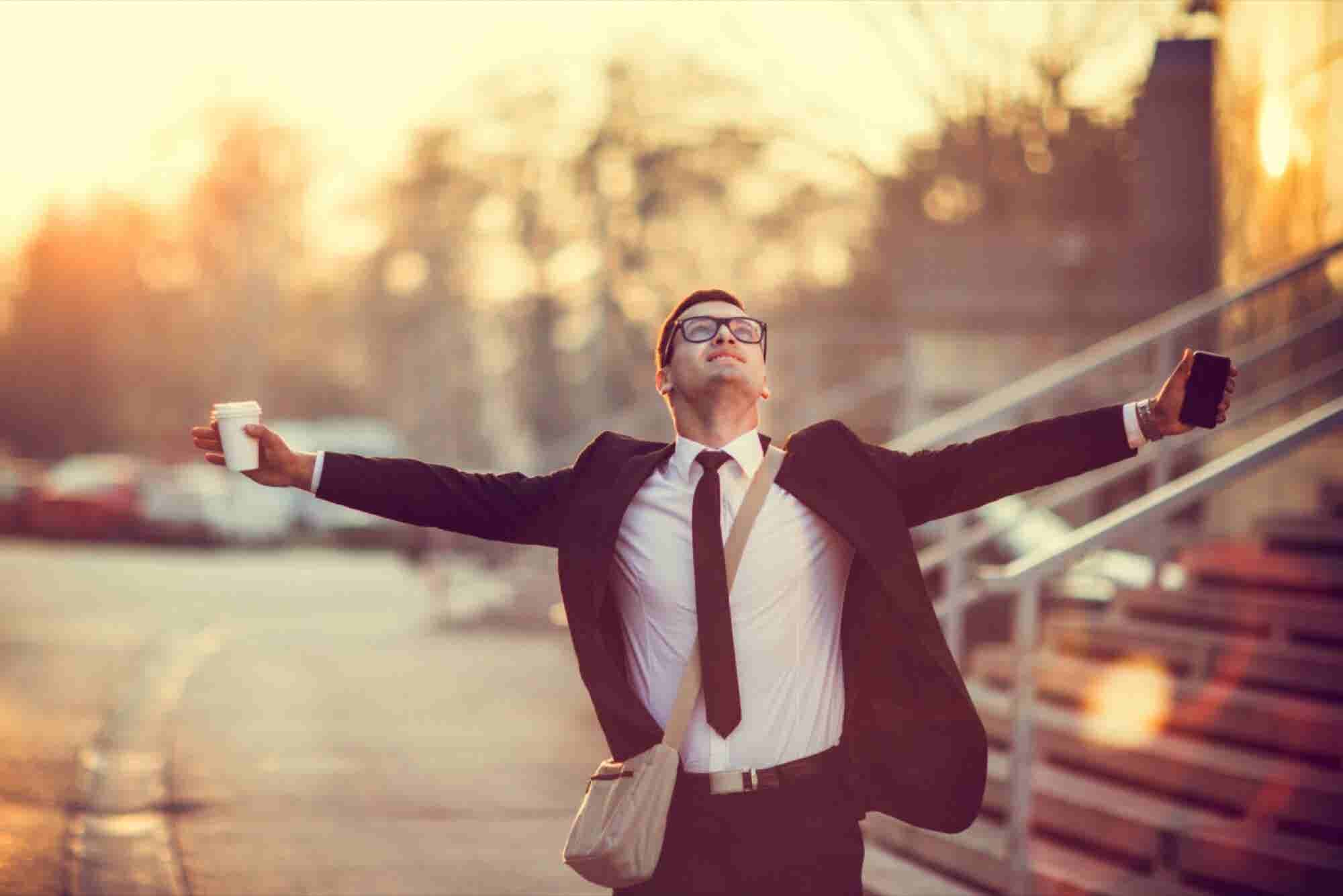 5 Ways to be Feel Job-Liberated When You're Unwilling to Quit Working for 'The Man'