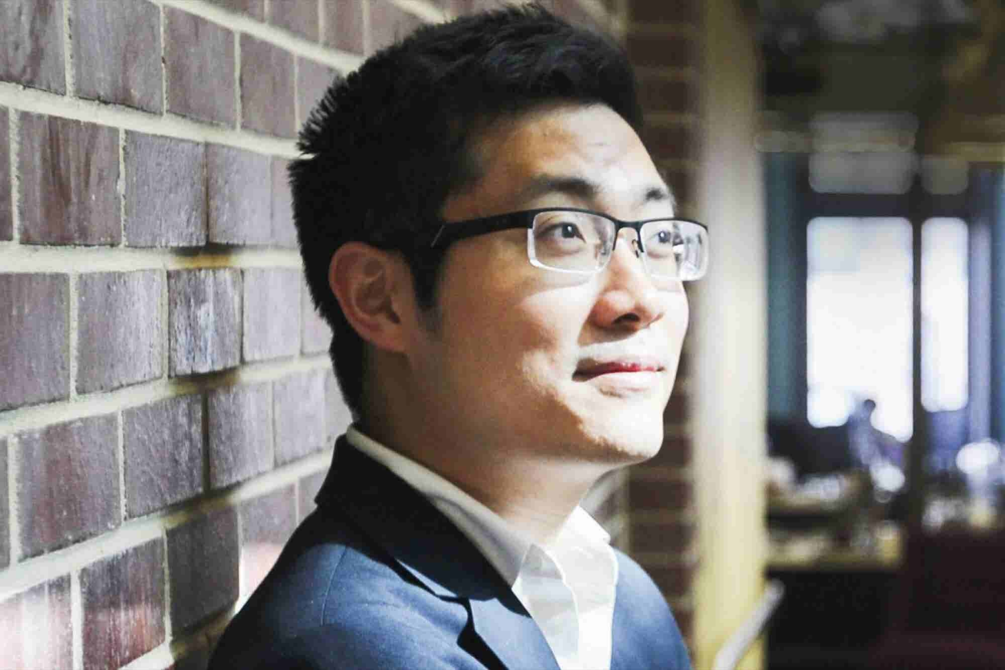 This 25-Year-Old Entrepreneur Is Trying to Do the Impossible: Make Sen...