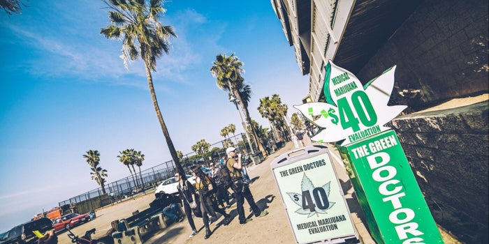 L.A. Considers Plan for City-Owned Bank Friendly to Marijuana Businesses