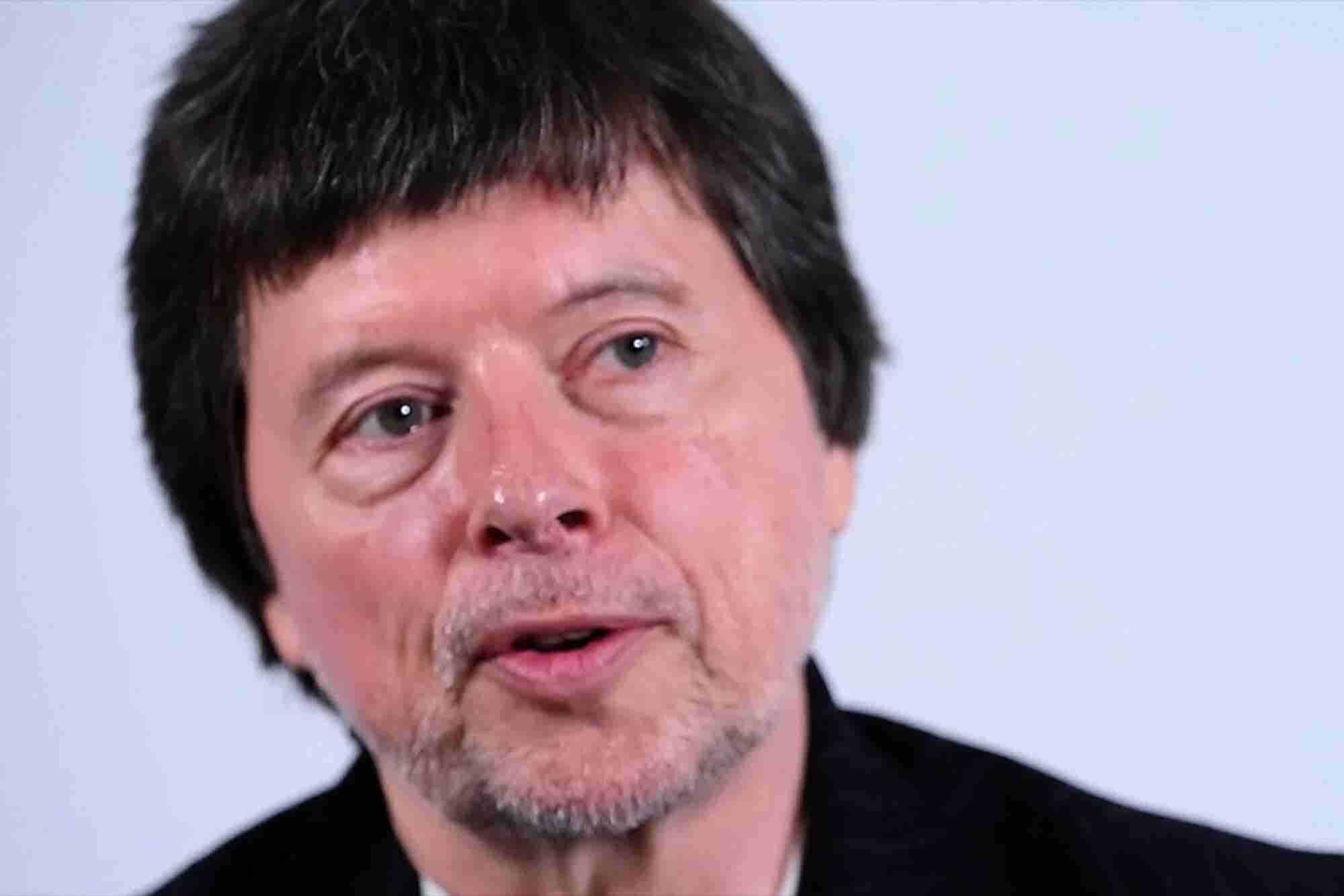 Ken Burns Shares How He Is Able to Work on Over Six Films at a Time, the Power of Listening to His Gut and Why Collaboration Is Key