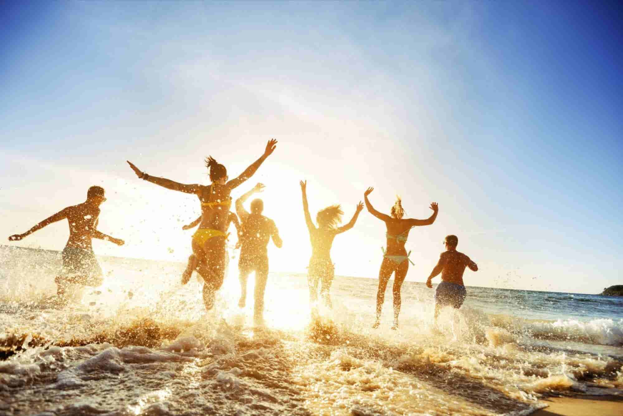 The 'Seasonal' Benefits Your Employees Might Really Want: How About a Trip to the Tropics?