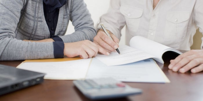What Entrepreneurs With Bad Credit Need to Know Before Applying to Get a Loan