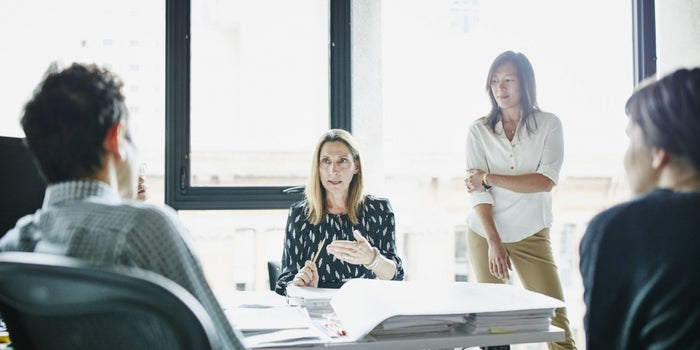 Leaders Who Make Good Decisions Do These 6 Things Constantly