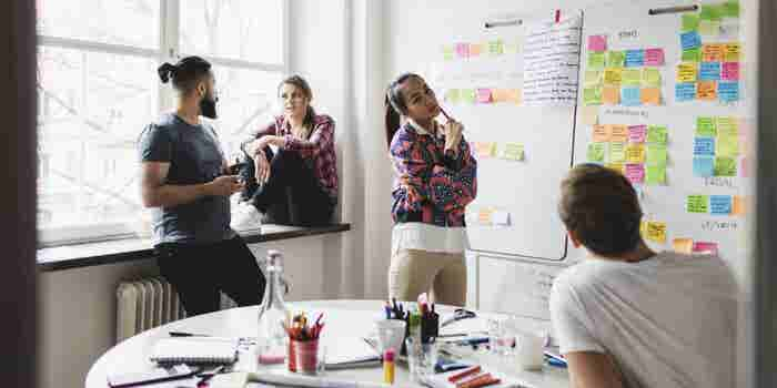 How to Recruit Creatives and Craft a Great First Impression for Your Startup