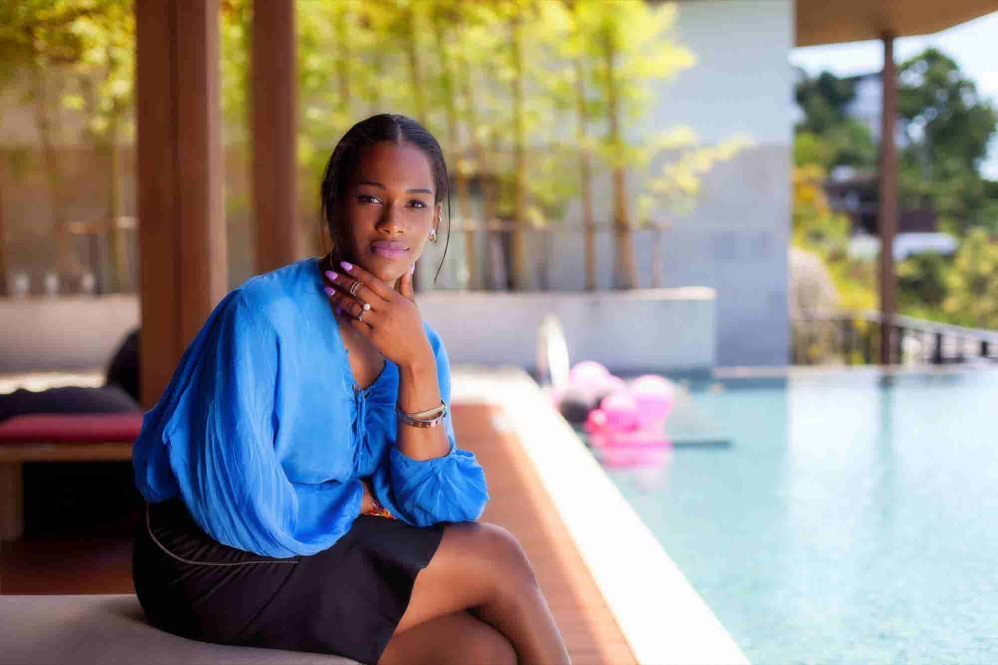 This Entrepreneur's Eye-Catching Instagram Keeps Her Nail Salon 100 Pe...