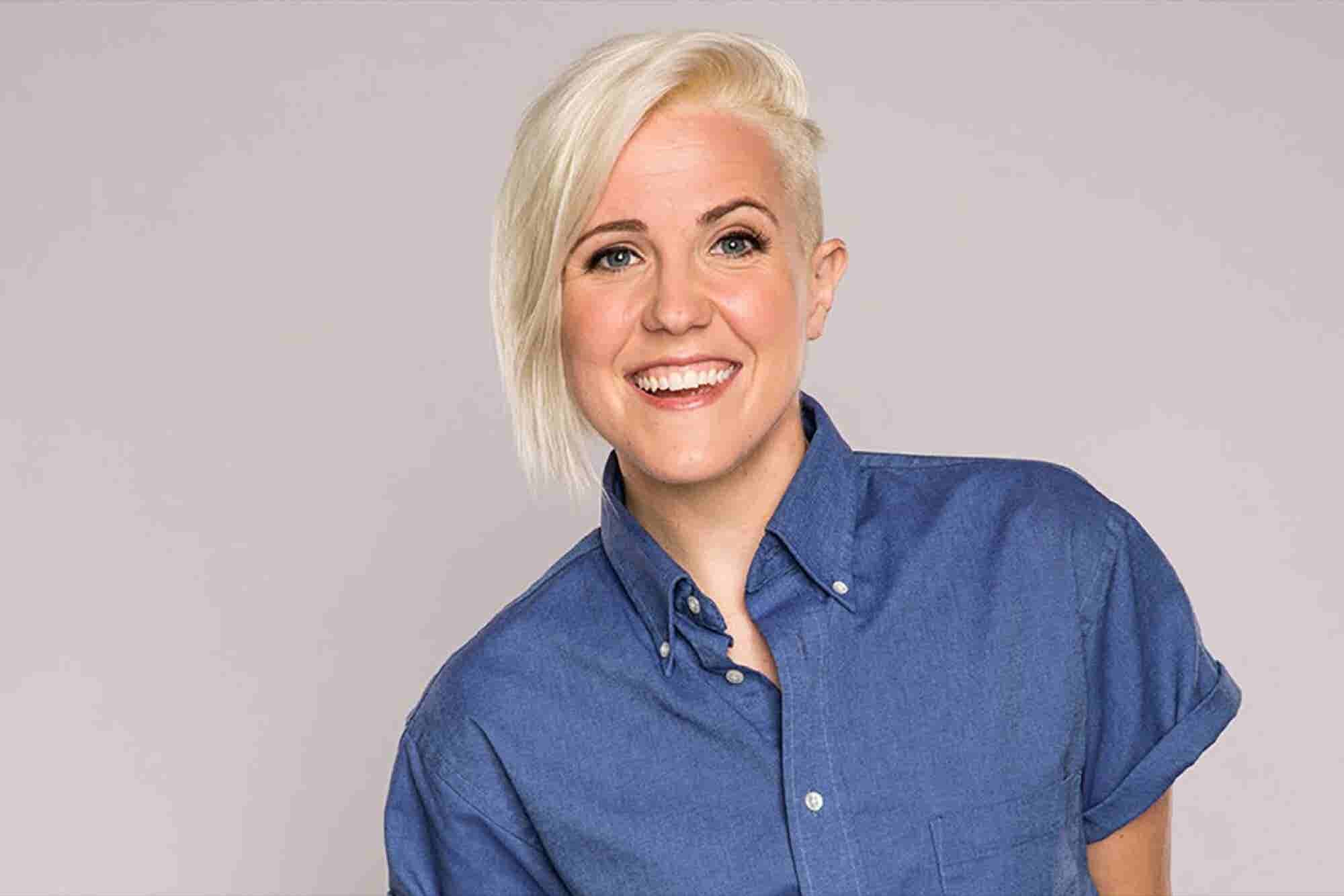Hannah Hart Shares the Secrets That Led Her to Go From Working Part Time to Running a YouTube Empire