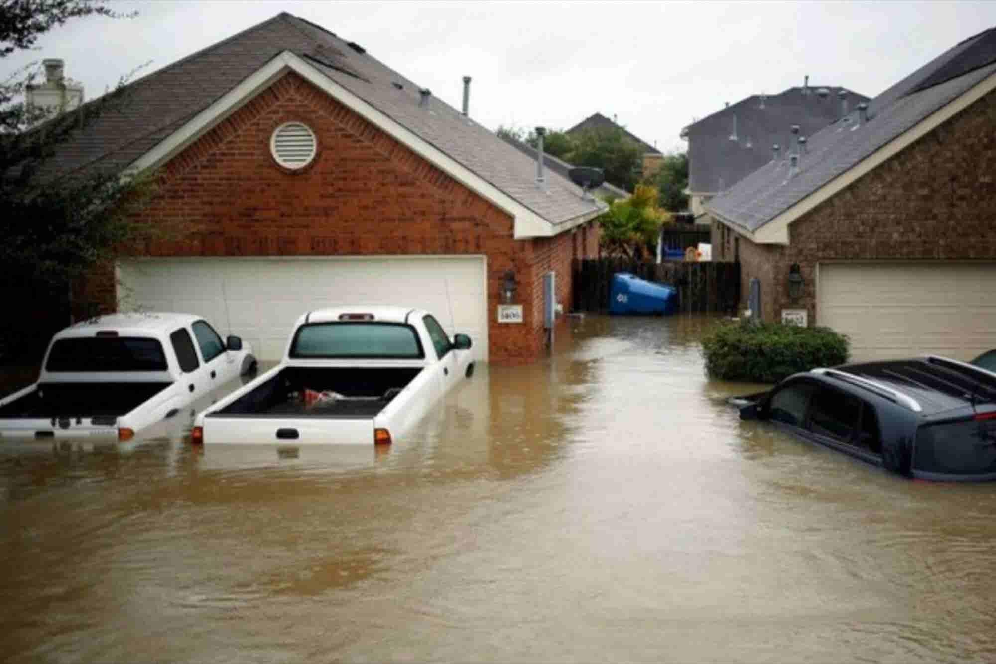 Cómo proteger a tu negocio ante inundaciones, tormentas y huracanes