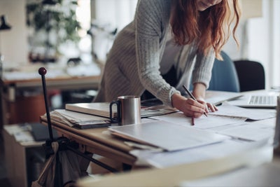 10 Business Ideas for Young Entrepreneurs In Their Spare Time