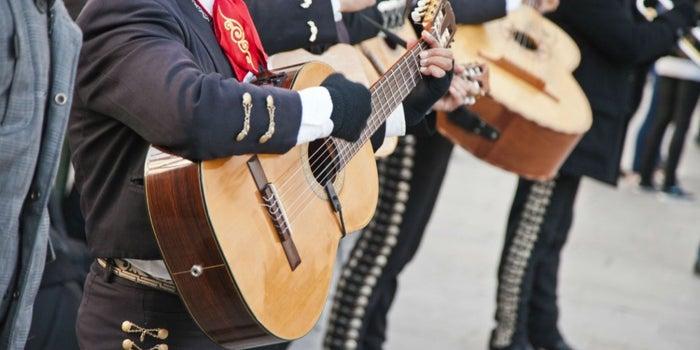 'Motivos' para iniciar un negocio de serenatas con mariachis