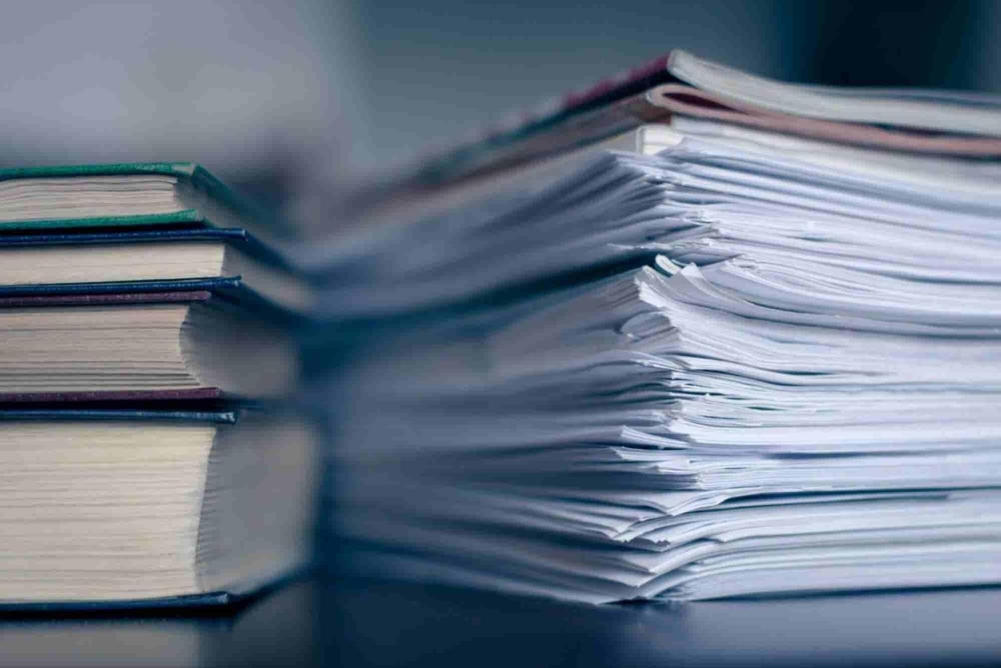 ¿Qué documentos debes guardar en una emergencia?