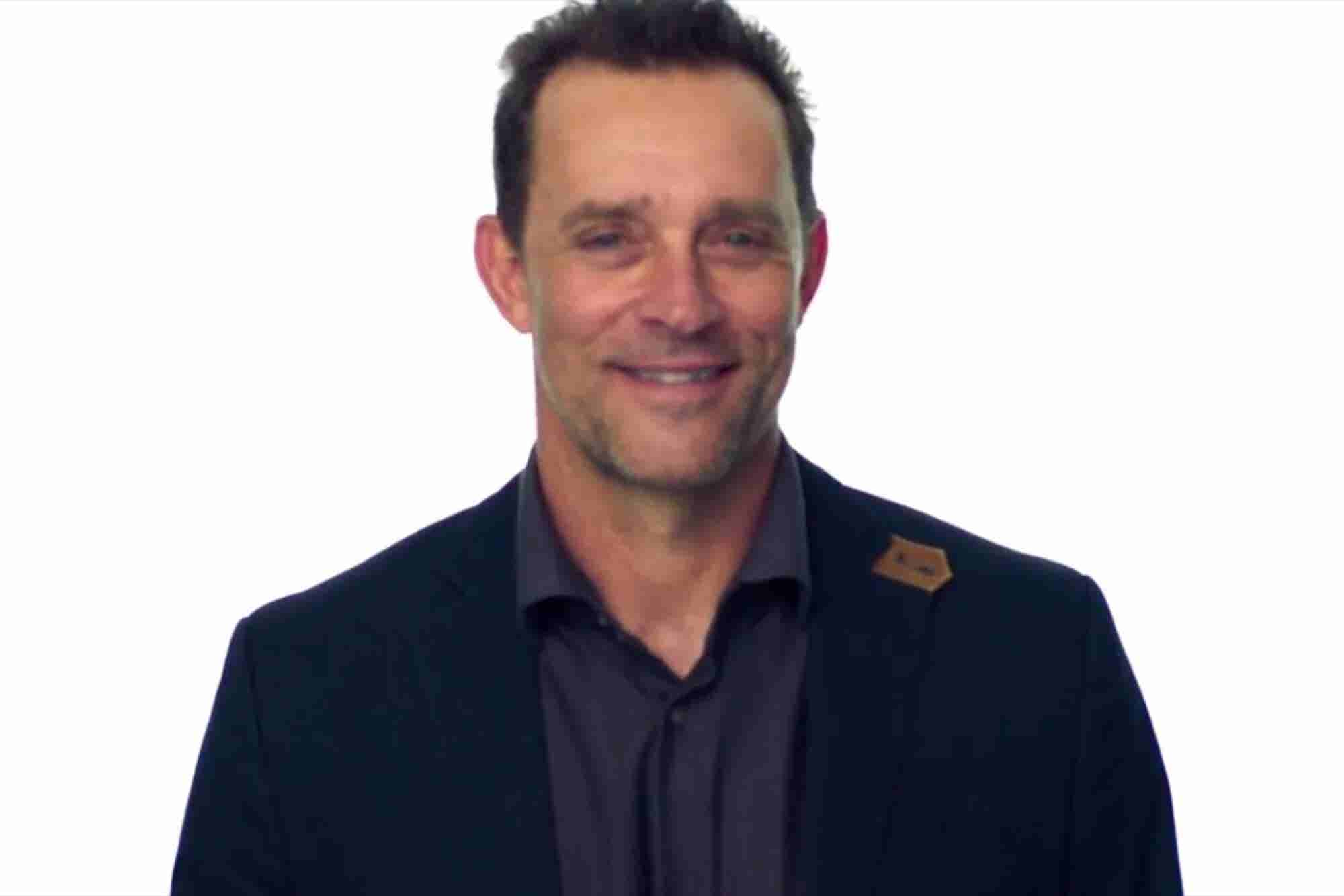 Need Some Inspiration to Start Your Week? Watch This Former Navy SEAL Explain How Starting a Company Has Changed His Life.
