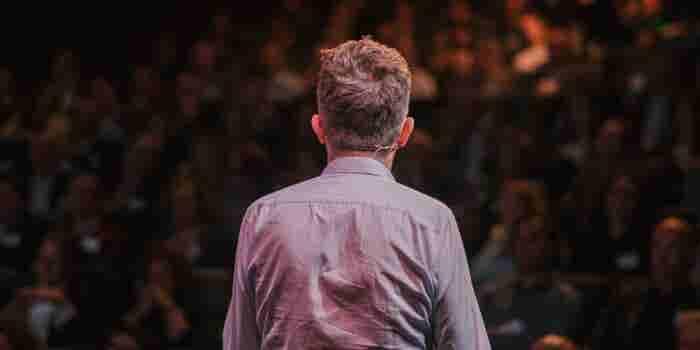 The Art of Covert Selling as a Public Speaker