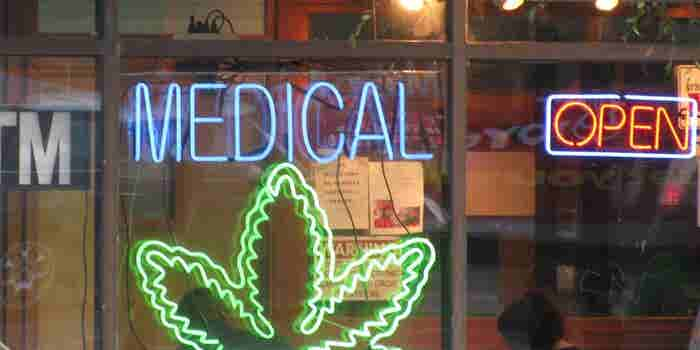 Survey: A Quarter of Cancer Patients Use Legal Medical Marijuana.