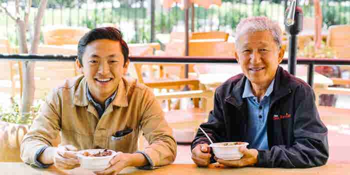 Father and Son Team Take On Greasy Fast Food With Simple, Healthy Meals