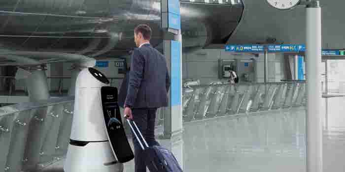 LG Airport Robots Want To Make Travel Pleasant For Frequent Flyers