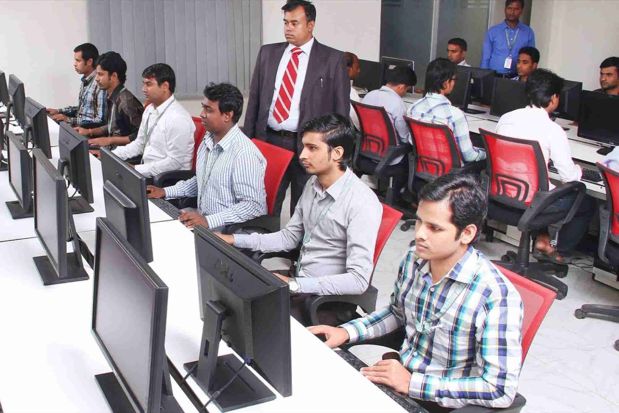 India Leaves US Behind in Race to Become the Largest Source of Digital Talents: Survey