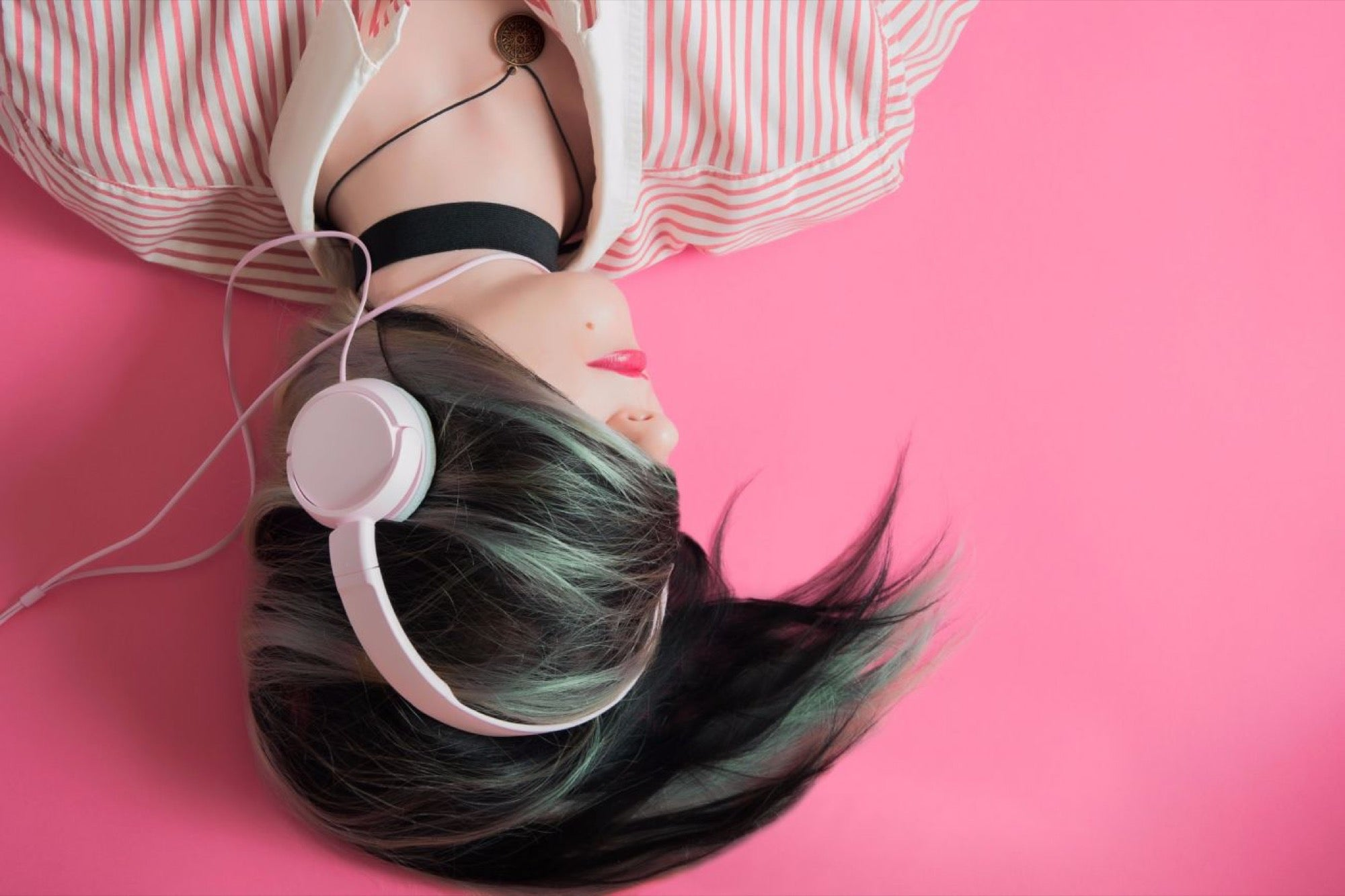 13 Fantastic Places to Find Background Music for Your Video Content