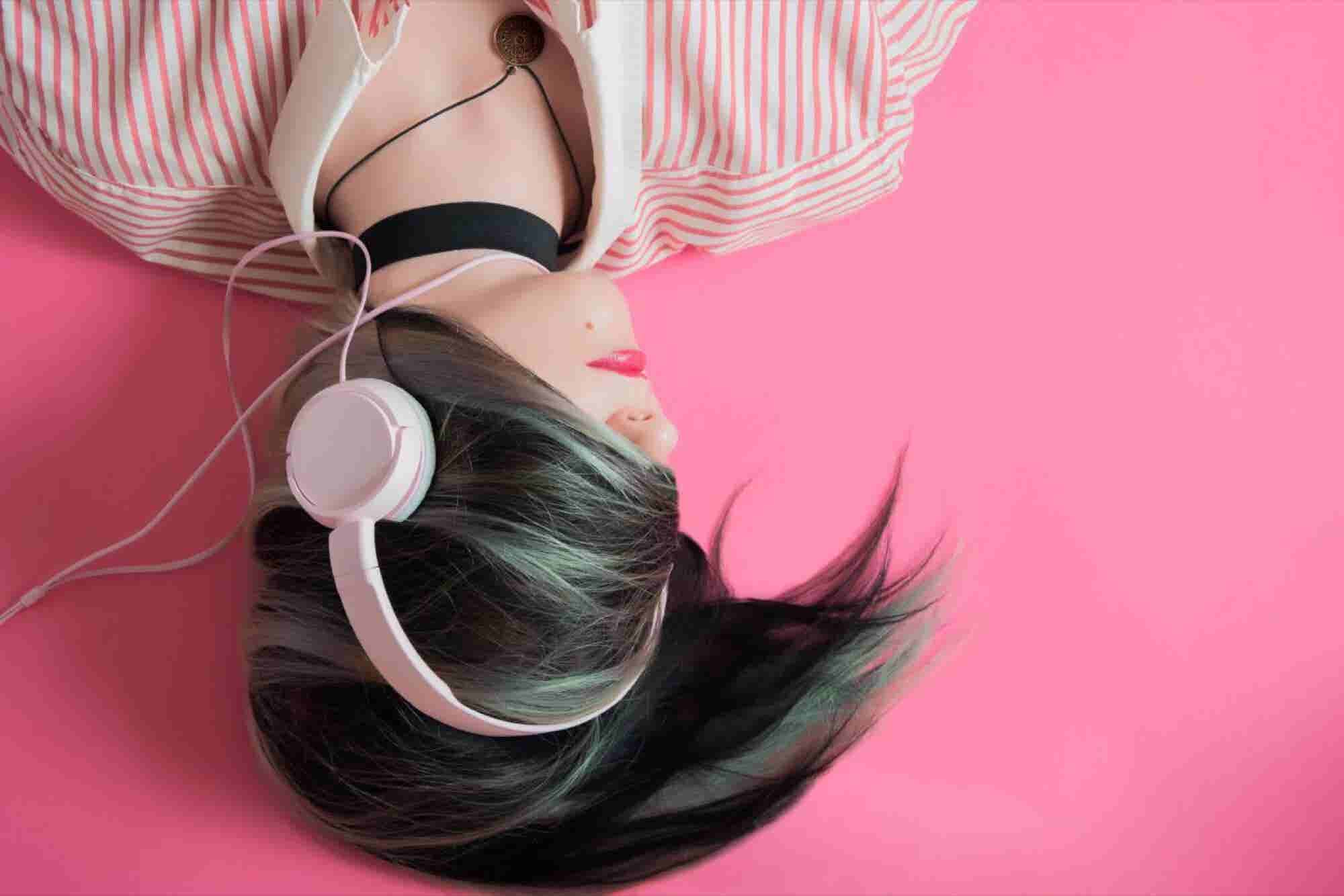 12 Fantastic Places to Find Background Music for Your Video Content