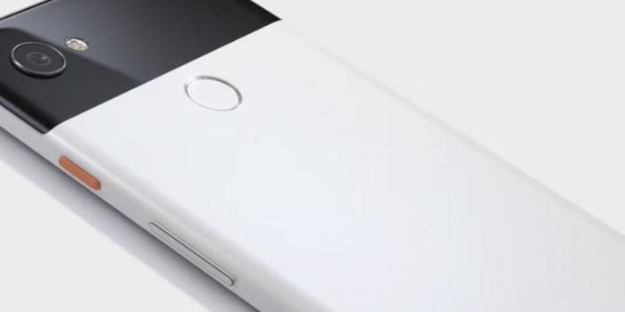 Ahora Google se burla del iPhone X