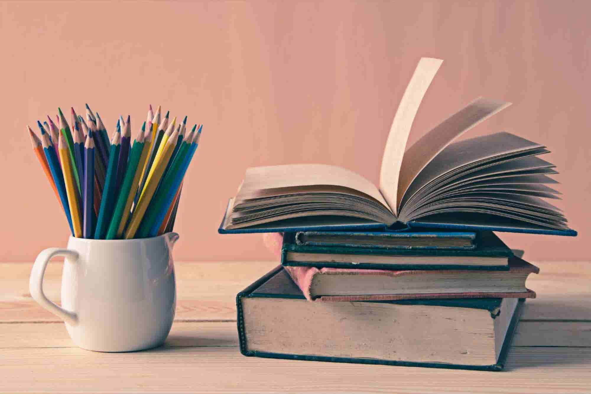 Aprende a elaborar tu tesis con el curso gratuito de la UNAM
