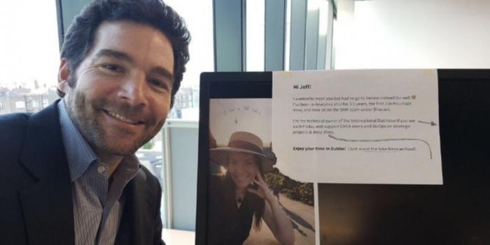 Jeff Weiner (CEO de LinkedIn) y su cátedra de liderazgo en una selfie