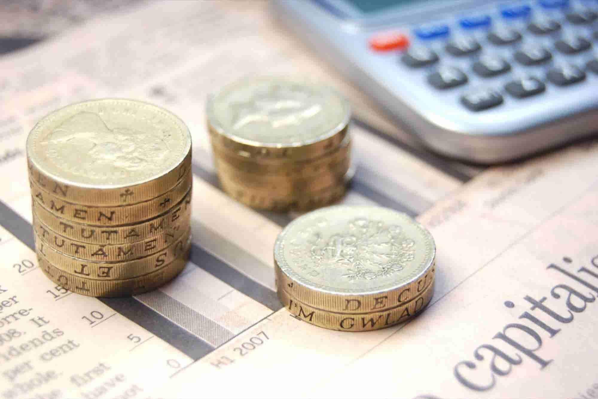 Cómo obtener dinero de fondos de capital privado y la Bolsa