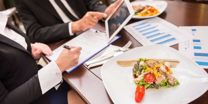An Ideal 4-Step Guide to Start a Nutrition Business