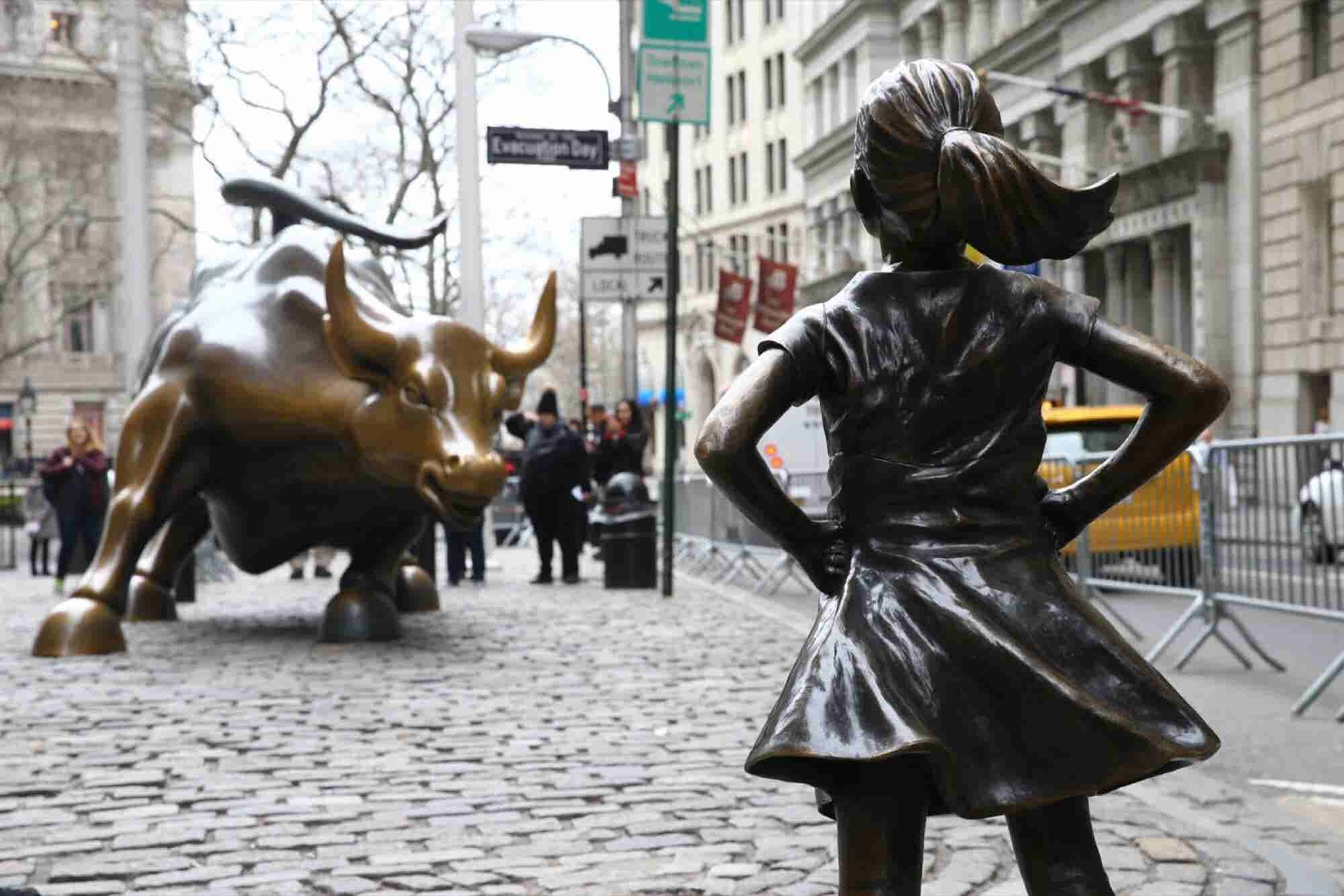 6 Great Reasons Why More Women Need to Invest