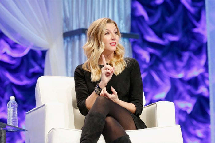4 Money-Making Habits That Propelled Sara Blakely, Mark Cuban and Tony Robbins to Phenomenal Success