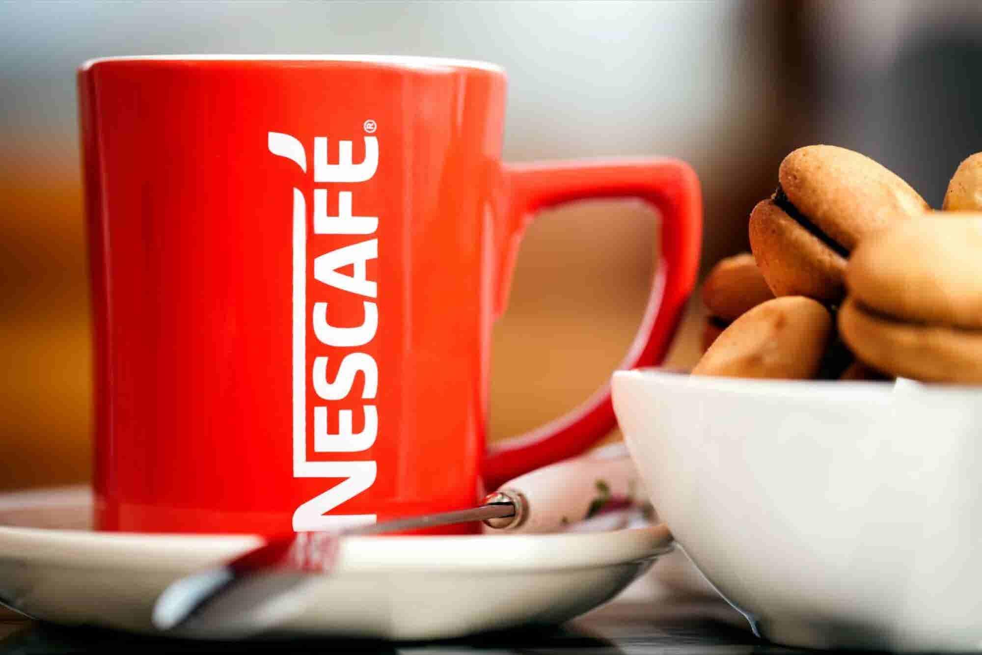 Nescafé y CMR se alían para competir con Starbucks