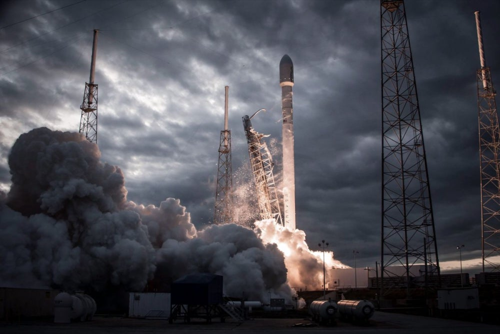 12 Amazing Facts About Elon Musk's SpaceX
