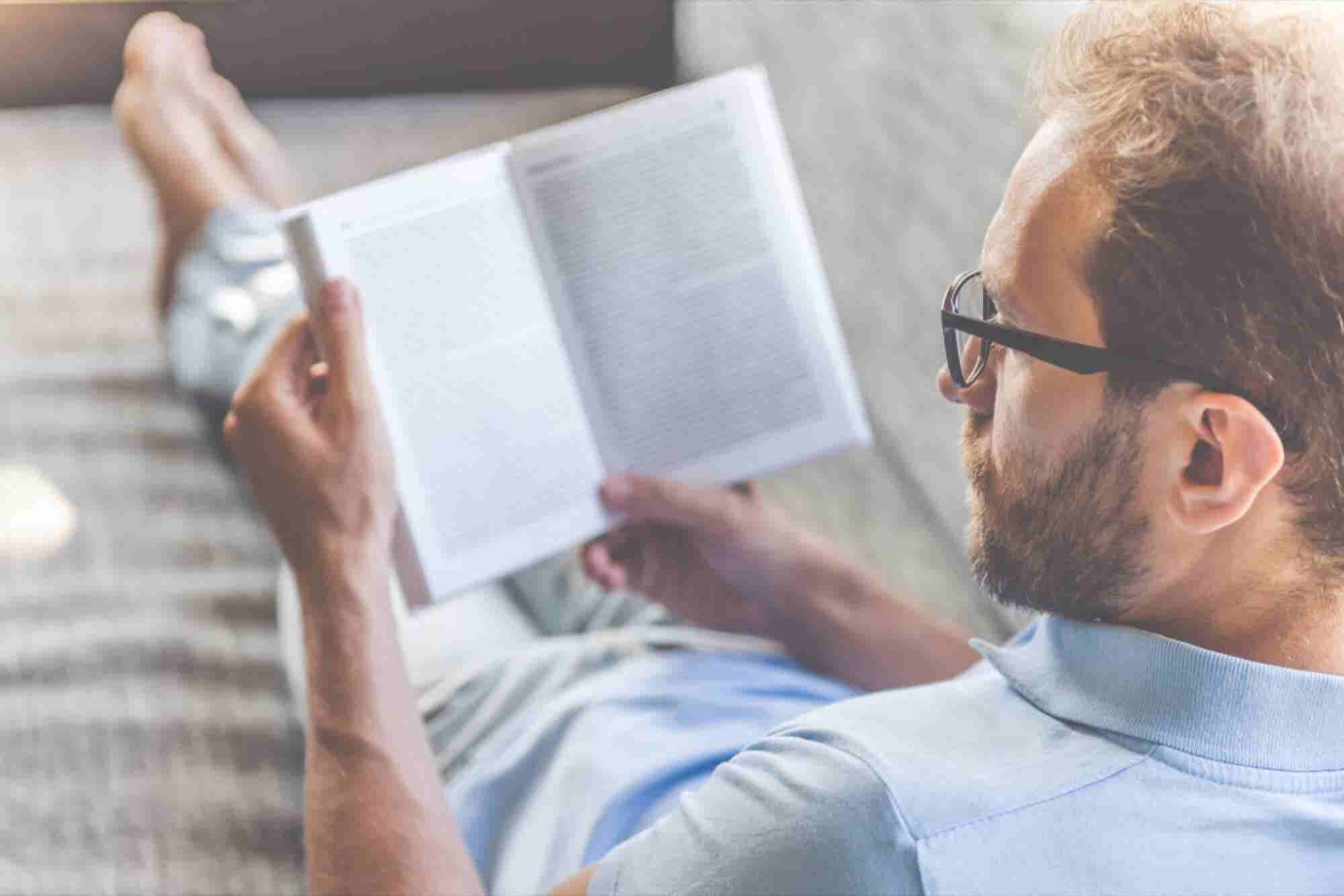 7 Books Most Millionaires Read Before They Turn 30