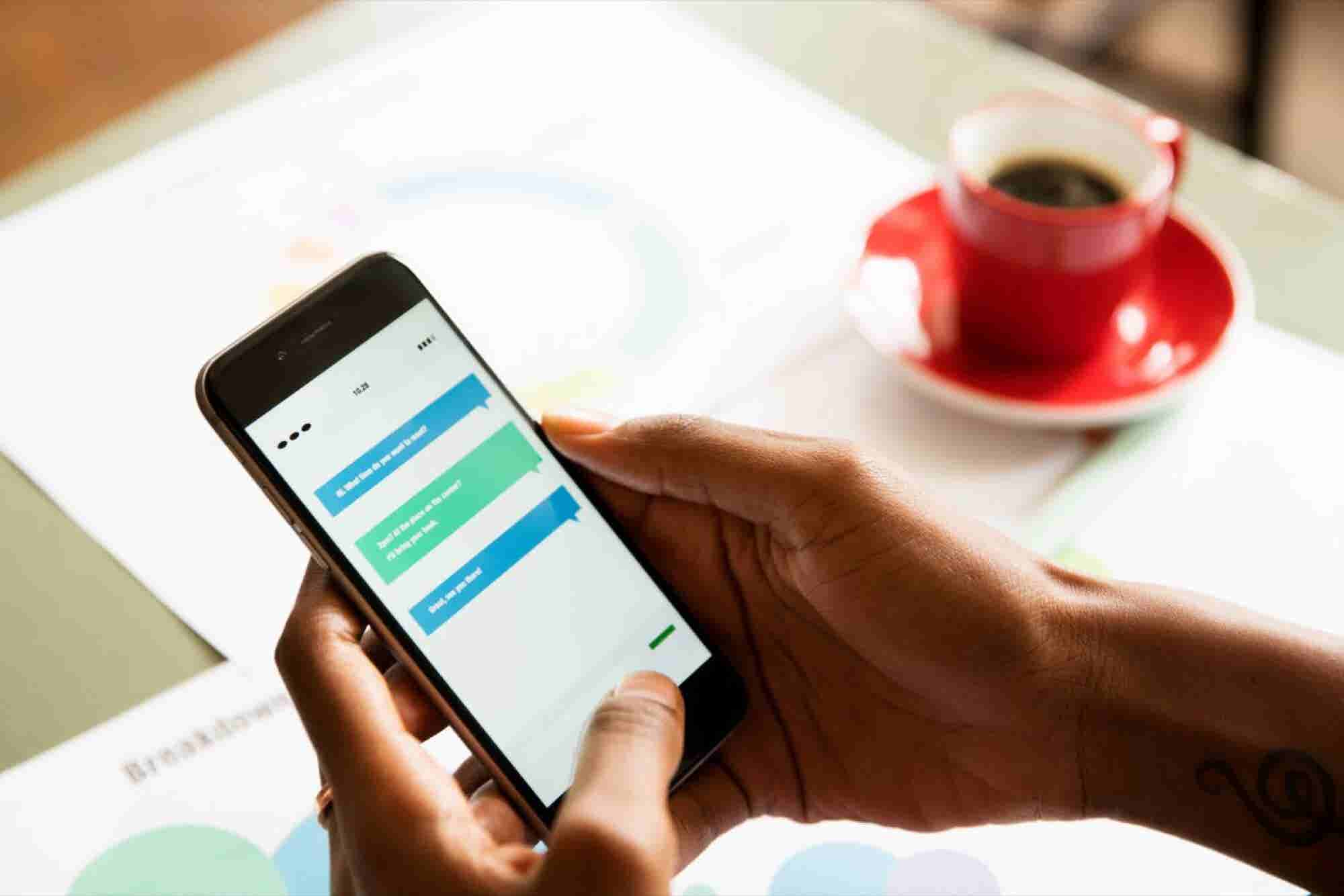 Managing Relationships on the Run: 4 Reasons to Adopt a Mobile CRM