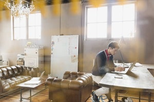 4 Common Entrepreneurial Mistakes Destroying Your Business