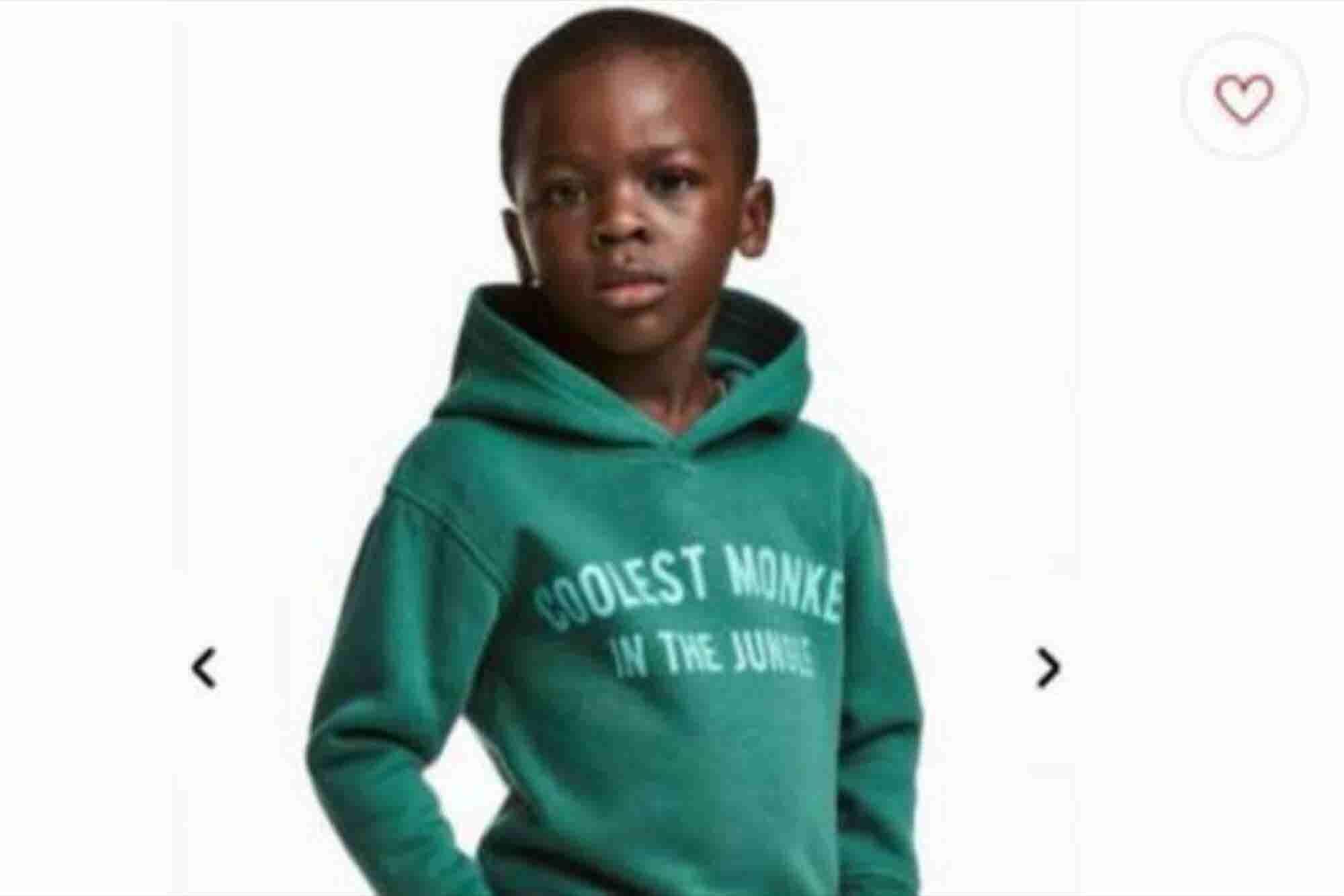 H&M retira publicidad racista tras ser atacada en redes sociales