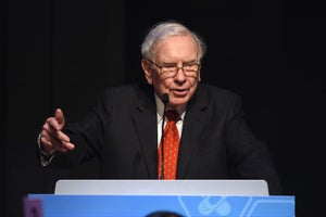 Warren Buffett Says Bitcoin 'Definitely Will Come to a Bad Ending'