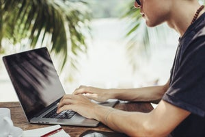 8 Ways to Make Money As a Digital Nomad