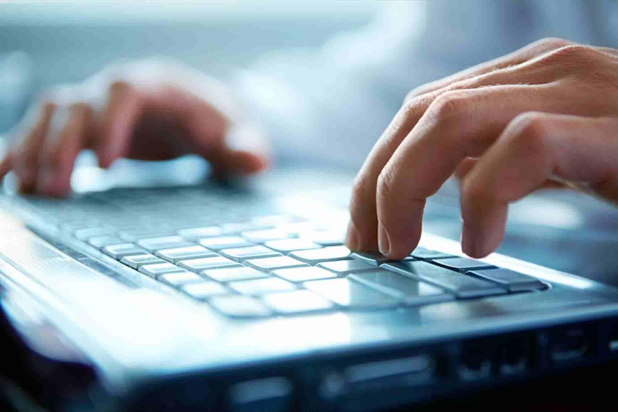 ¿Quieres especializarte en TI? Google y Coursera te entrenan