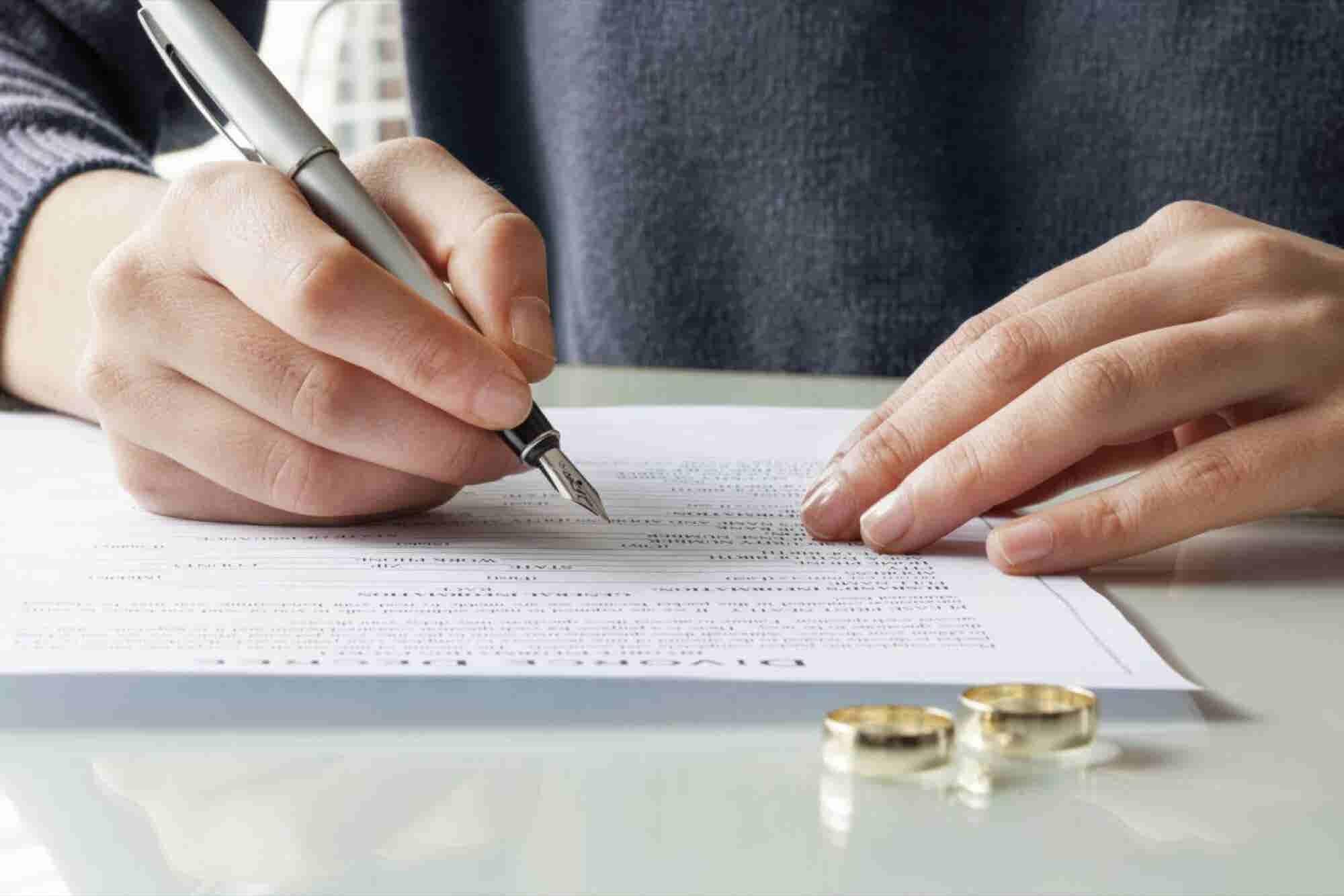 7 Ways to Rebuild Your Financial Life Post-Divorce