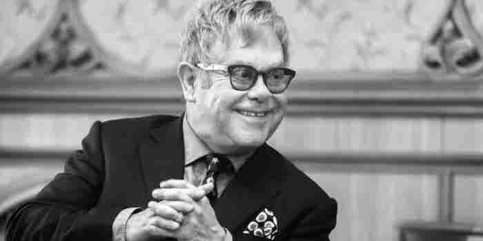 Lecciones de liderazgo desde mis horas más obscuras: Elton John