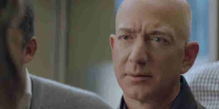 Billionaire Jeff Bezos Will Star in Amazon's Super Bowl Ad