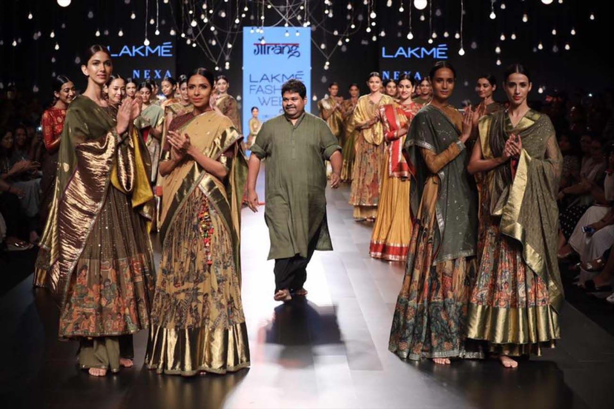 From Selling Blouse Pieces To Now The Biggest Designer For Hand Woven Sarees