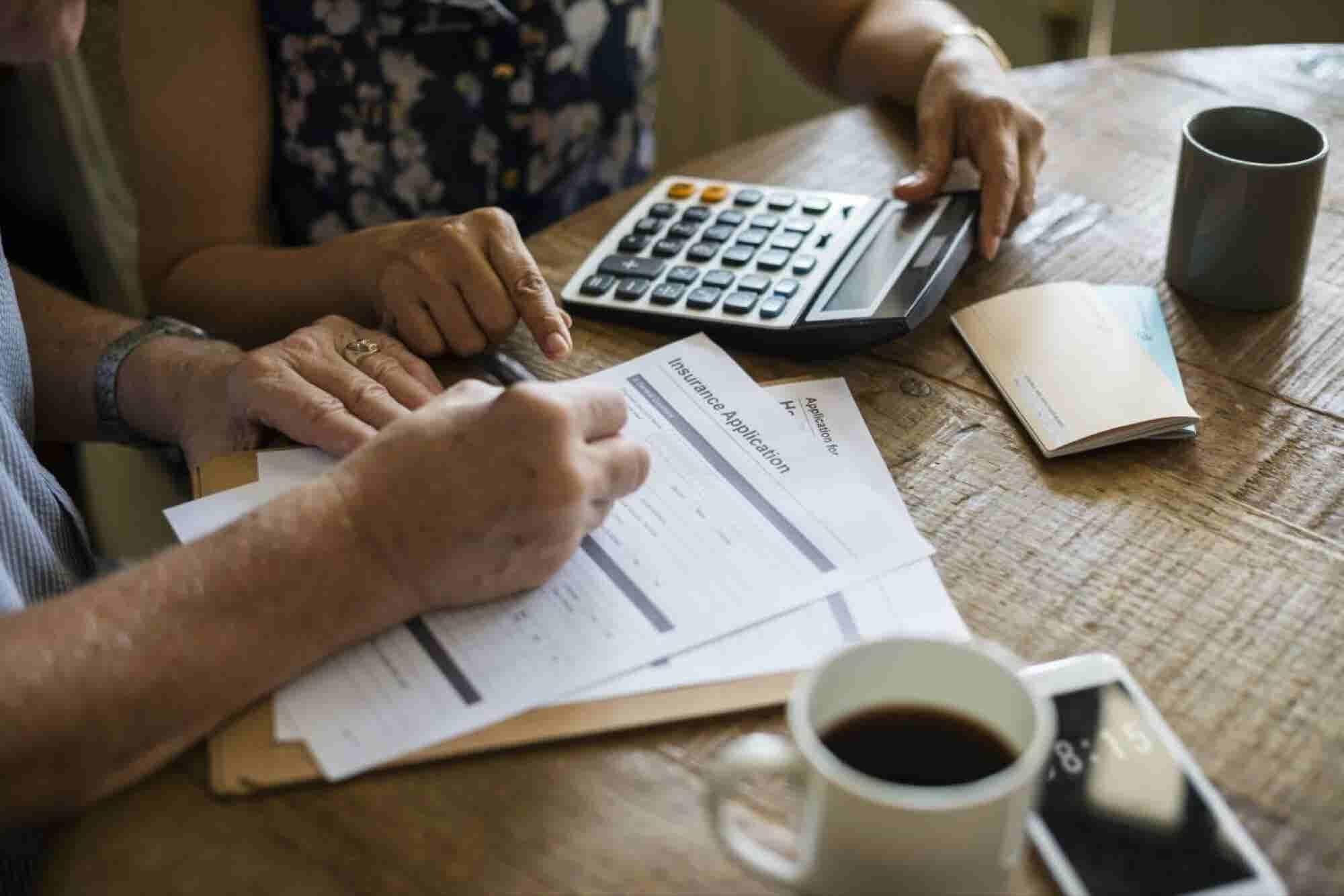 ¿Qué es un seguro de gastos médicos mayores y cómo funciona?
