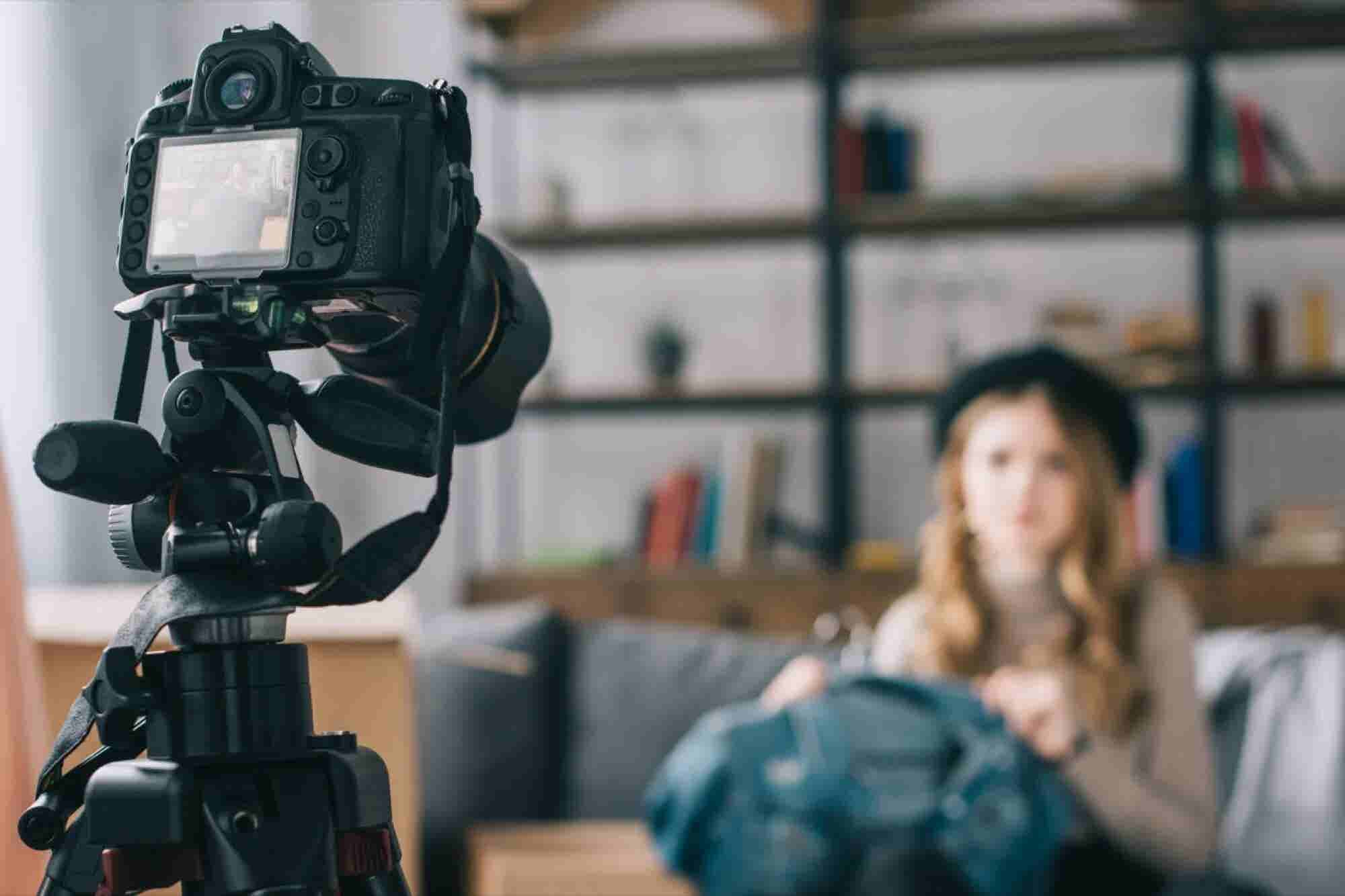 20 Things You Should Know About What It's Really Like to Be a YouTuber