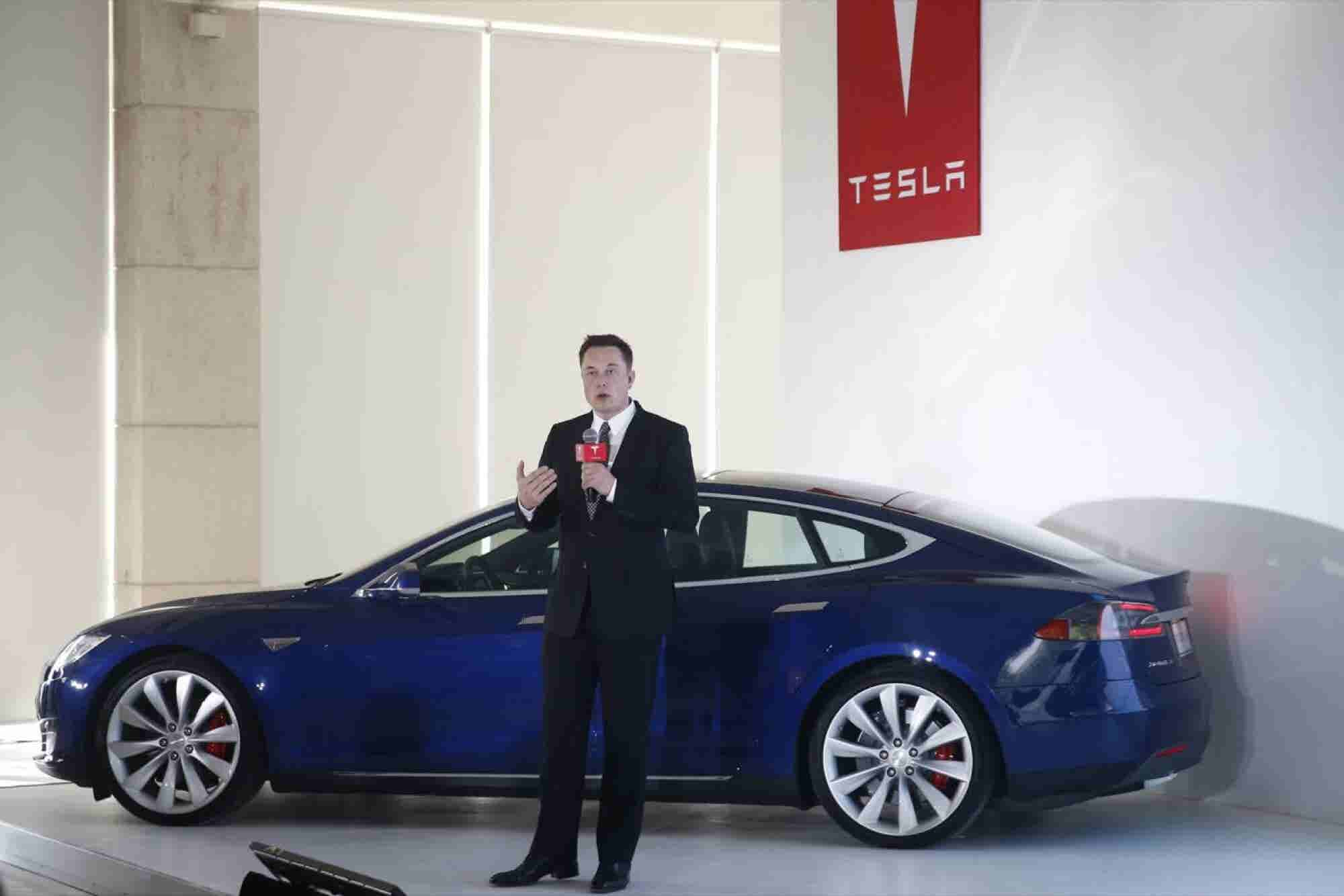 Why Paying Your Team Members the Way Tesla Pays Elon Musk Will Improve Their Performance